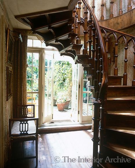 1000 Images About Country Cottage Entrance Hall Stairway Landing On
