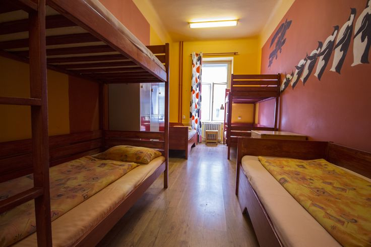 6-bed room and dormitory
