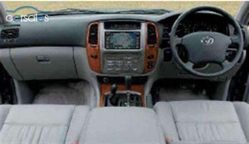 Toyota LandCruiser Sahara (2006-)