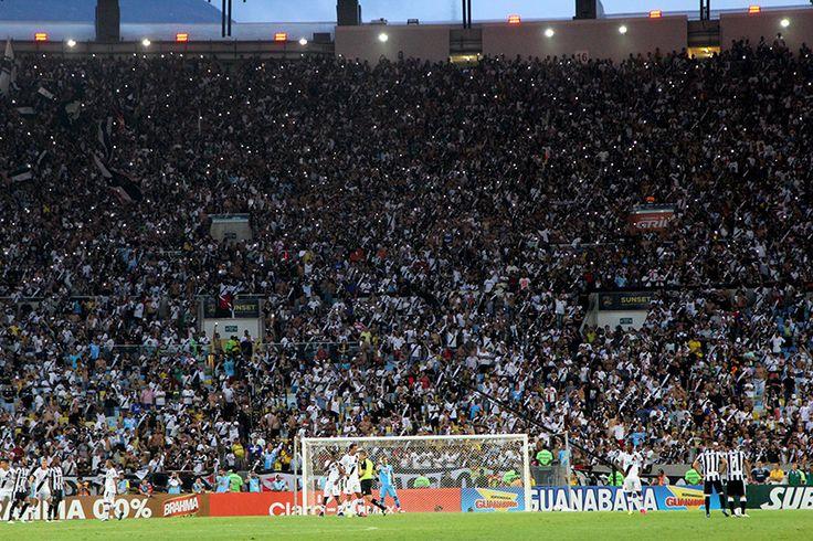 https://flic.kr/p/GzfW5s | Vasco 1x1 Botafogo - 2º  jogo Final Campeonato Carioca 2016 | Vasco x Botafogo - 2º jogo Final Campeonato Carioca 2016 - 08-05-2016 - Maracanã - Foto: Paulo Fernandes/Vasco.com.br