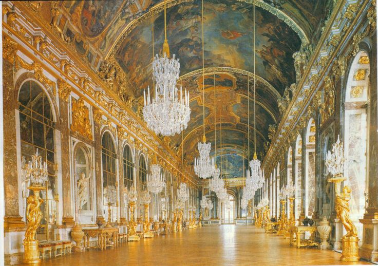 The amazing Hall of Mirrors in Versailles! Sadly when I was there, part of it was under construction.Buckets Lists, Blenheim Palaces, Favorite Places, Palaces Interiors, Buckingham Palaces, Castles Palaces, Hofburg Palaces, Versailes Paris, Travel Buckets