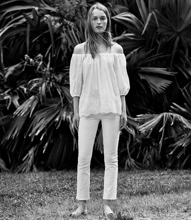 LOFT Modern Kick Crop Jeans in White/ All white