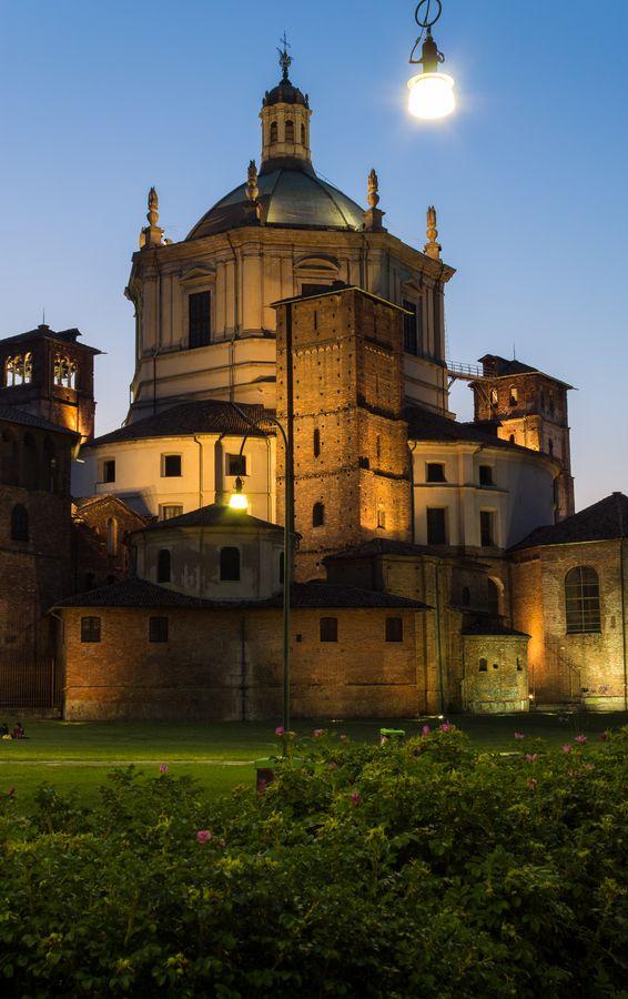 Milano - S. Lorenzo church in Milano by Simone Bonalberti on 500px