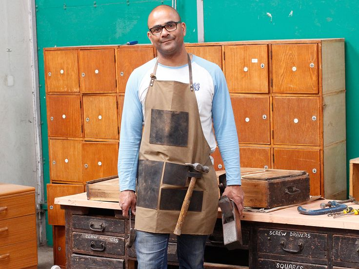 Leather and Canvas Apron for Men - what a great Father's Day Gift, right?!