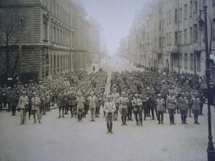 The Swedish brigade during the Finnish Civil War, photo taken in Helsingfors