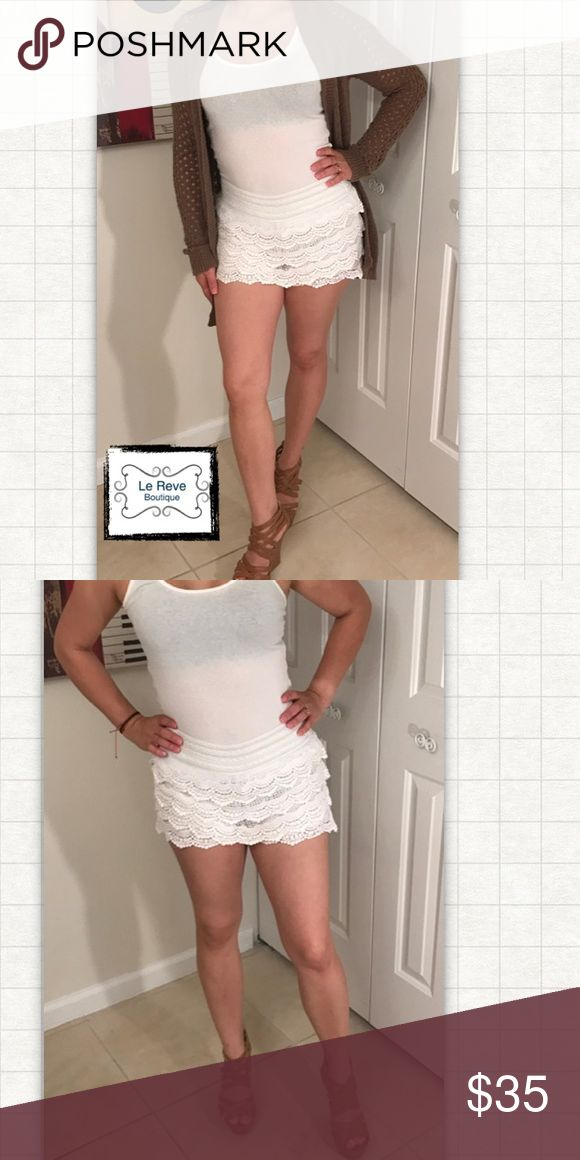 White Crochet shorts Perfect for summer. Can dress up for a night out or dress it down for a day at the beach or pool. These do run small am modeling a size medium. Le Reve Boutique  Shorts