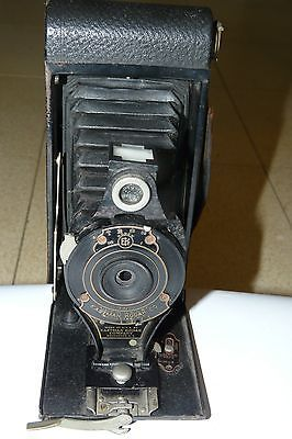 VINTAGE EASTMAN KODAK BROWNIE NO-2A FOLDING AUTOGRAPHIC CAMERA