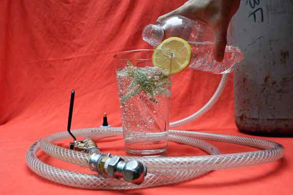 how to make your own carbonated water | food | Pinterest