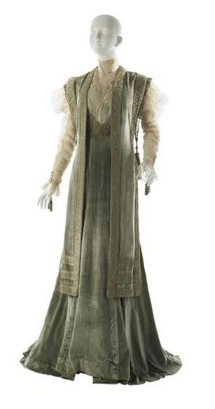 Tea Gown Jean-Philippe Worth, 1908 The Museum of the City of New York