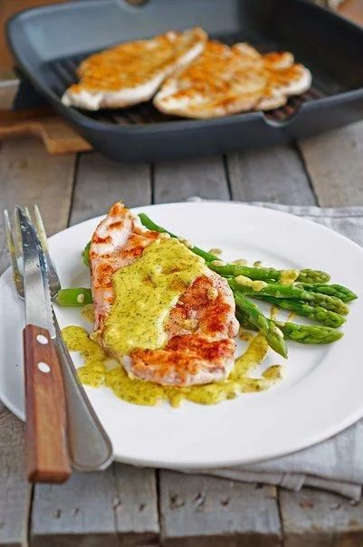 Курица в горчичном соусе со спаржей | Кулинарные Рецепты