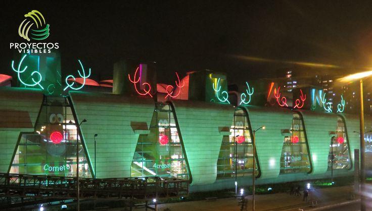 Diseño de navidad de exteriores. Suministro de luces, instalación, mantenimiento y desinstalación.