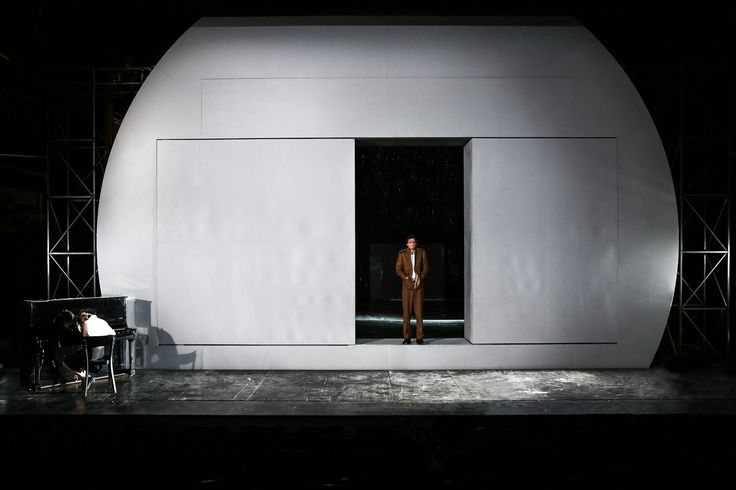 Stagedesign for Schillers KABALE UND LIEBE, a play for Theater Bonn, Germany Sebastian Hannak