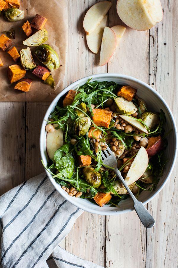 Vegan Autumn Harvest Salad | The Full Helping