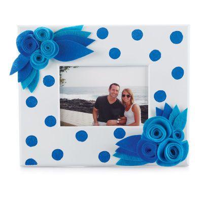 Polka Dot and #Felt #Flowers Craft #FrameFlower Pictures, Black And White, Felt Polka Dots, Flower Power, Felt Flower Crafts, A Frames, Crafts Frames, Pictures Frames, Felt Flowers