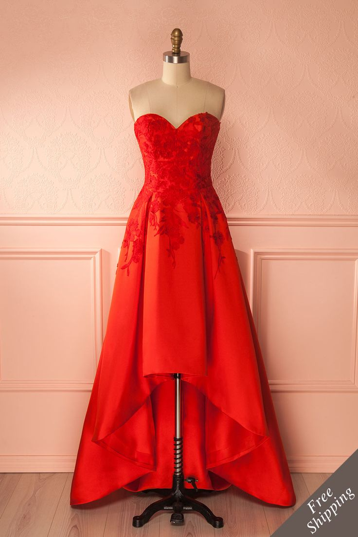 A red gown with embroderies and lace, made for a princess! #promdresses #embroideries #bridesmaids