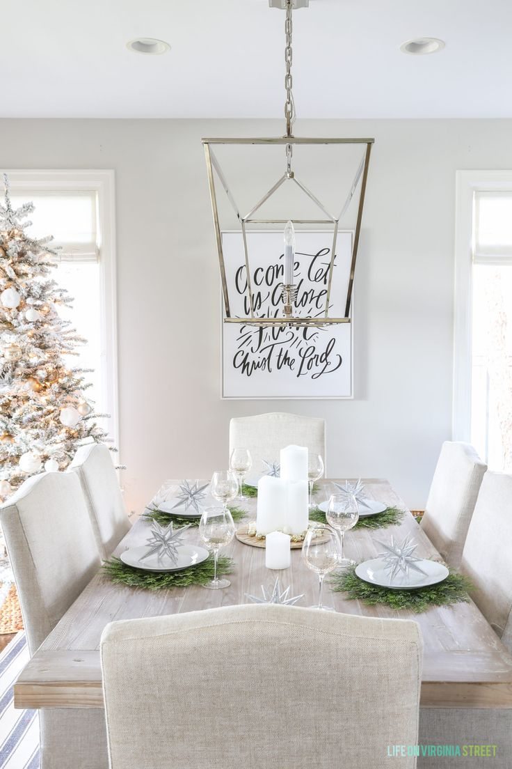 Great tips on how to transition your fall tablescape for the holidays. This glam winter wonderland table setting from @pier1 is full of metallics, neutrals and greens and works for both Christmas and New Year's!  #Pier1_partner  #pier1love #ad