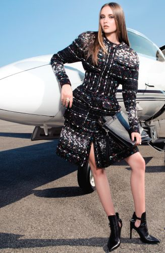 We love this Chanel coat!! This is feature in our Mixte 16 #jetset #vinciavitation #glamour #privatejet #browns