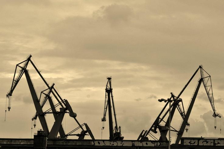 Dźwigi stoczniowe / #Shipyard #cranes | photo: Asia Posmyk