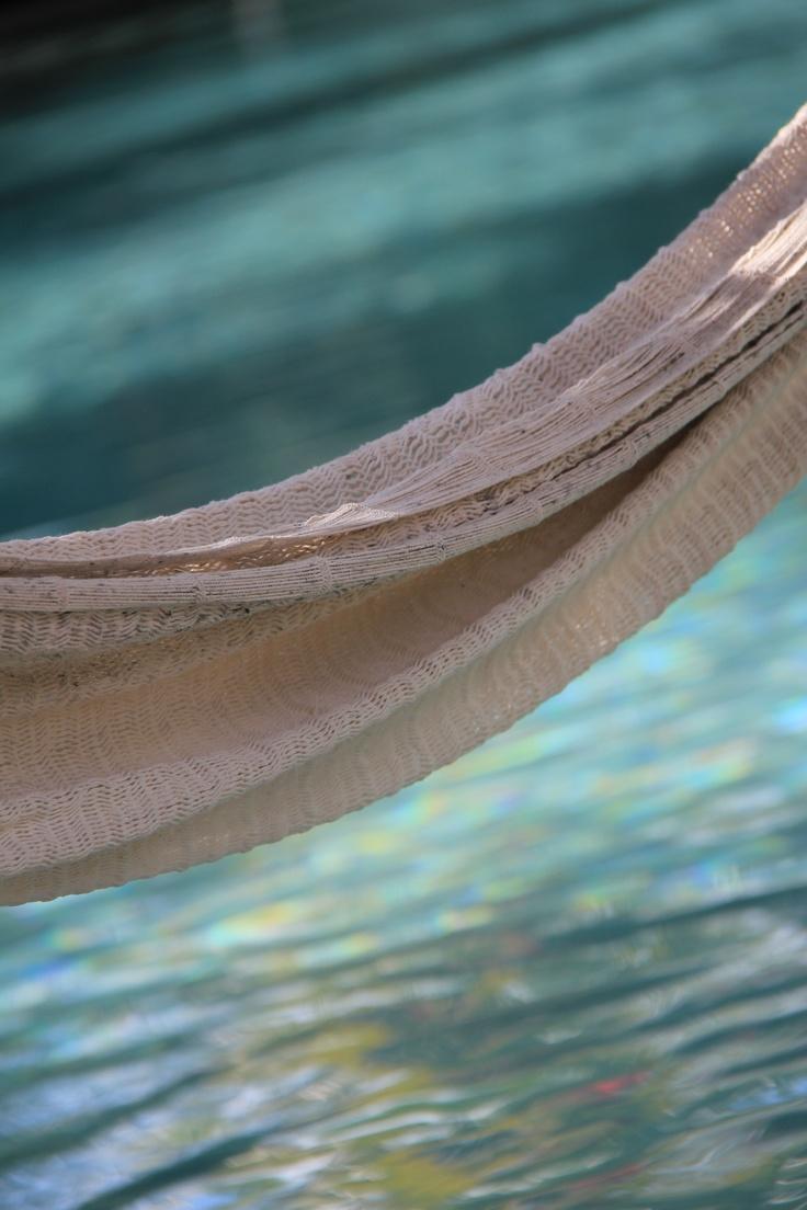 Hamac sur arrière plan de piscine, Hacienda San José, Yucatan, Mexique, Janvier 2012
