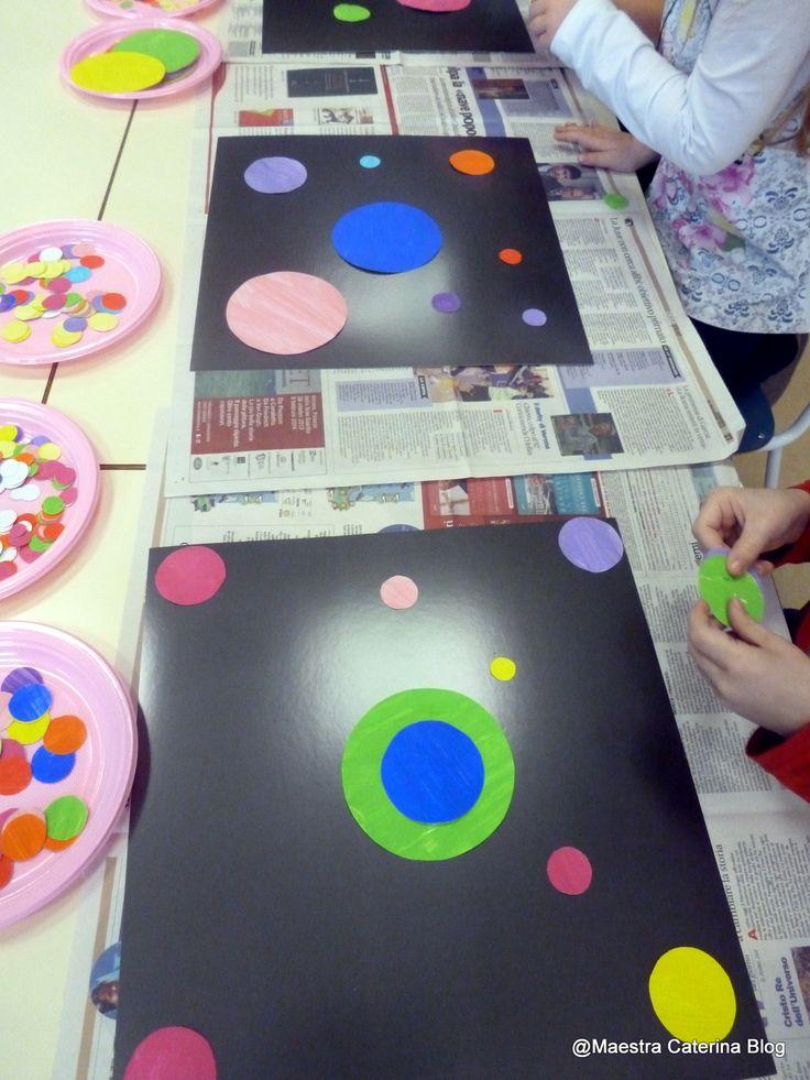 """Tanti cerchi amici si trasformano in un quadro d'autore. Osserviamo il quadro di Kandinsky """"Alcuni cerchi"""" del 1928. Poi a..."""