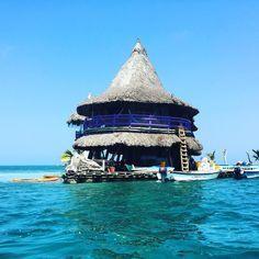 Casa en el Agua ...hostel on the water! No place I'd rather be #asliceofparadise #noplaceidratherbe #colombia #cartagena #tolu #floatinghostel #hammocklife #lovecolombia by @tibbsylondon