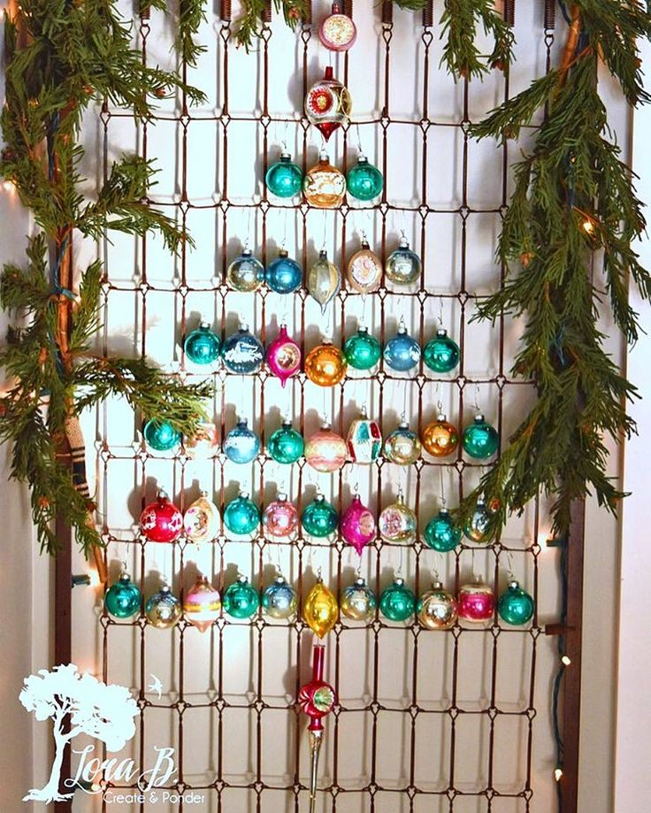 New post / Every weekend I post a junk link party called DIY Salvaged Junk. Today's party feature is a darling Shiny Brites bedspring Christmas tree by Lora B. 🎄 . I couldn't find her on Insta, so visit the blog to check her out! . Visit to link up or just be inspired! Under '360' at home link in profile. . Are you a Shiny Brites collector? I want to start! . #funkyjunkinteriors #funkyjunkfeatures