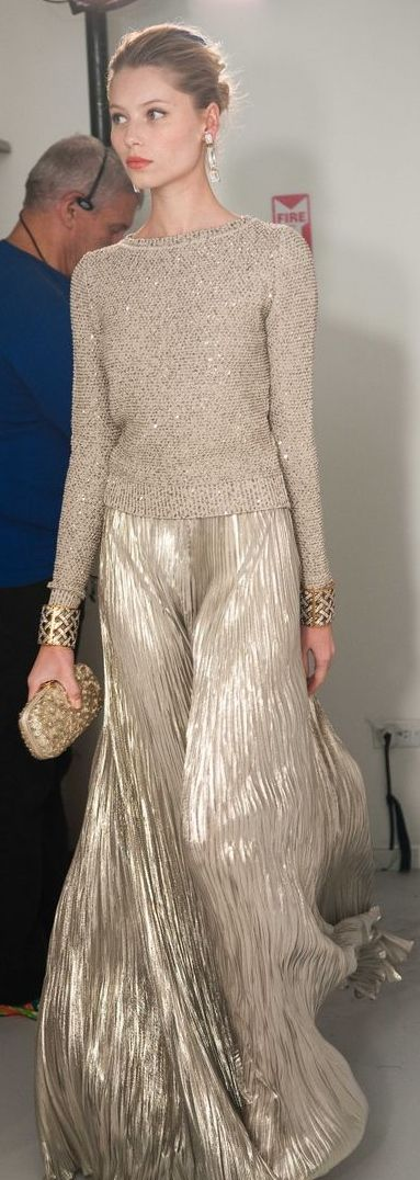 Oscar de la Renta -- only he can put a knit sweater over a couture evening gown and still have me drooling over it.