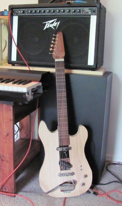 Just Intonation and Fretted Instruments