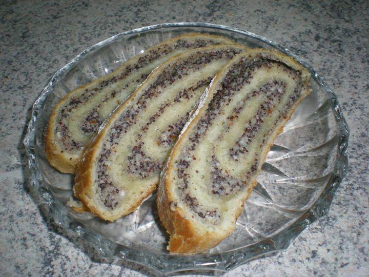 Repostería, Pastelería Fina Alemana y Decoración de Tortas - Lucie Hollstein