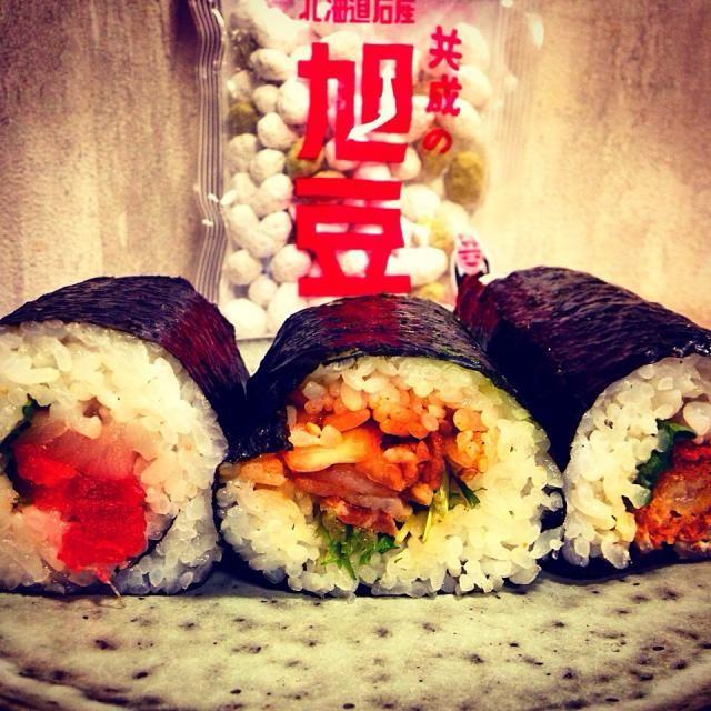 海鮮巻き、キンパ、エビフライ巻 家族食べたいものがバラバラ(゚∀゚) - 62件のもぐもぐ - 恵方巻き by yuinori