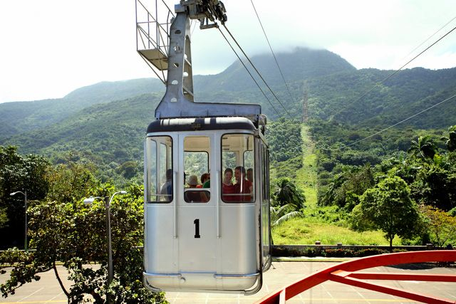 Puerto Plata Visitor's Guide: Aerial tramway to the summit of Mt. Isabel de Torres, Puerto Plata, Dominican Republic.