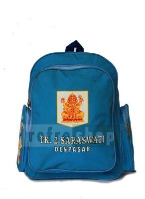 Tas sekolah dengan kode TSB2 ini menggunakan kain yang berwarna biru sebagai bahannya. Anak-anak TK sangat menykai warna-warna yang cerah seperti ini.