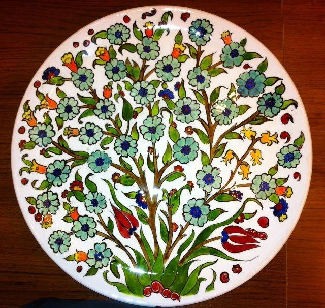 MADE BY Benian arsiray @benianarsiray  my first work ilk eserim çini hayat ağacı