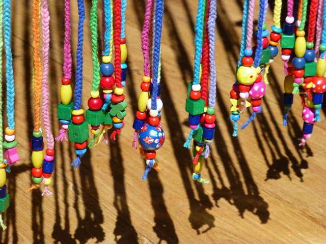 Fliegen-Vorhang, gehäkelt, mit Holzperlen am Ende