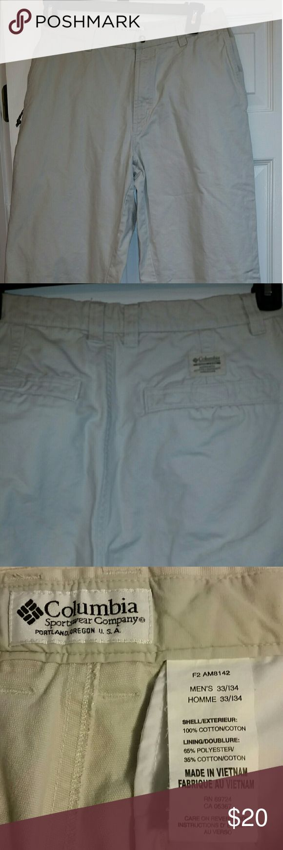 Columbia kaki jeans 33 x 34 Excellent condition,  like new Columbia Jeans Relaxed