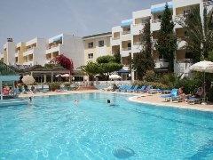 Hotel Hammamet Regency 4* Tunisie - Hammamet  Partir en vacances pas cher a Hammamet Tunisie dans l'Hotel Hammamet Regency 4* qui est situé a 6 km au sud du centre anime de Hammamet, au coeur d'une zone touristique et au bord d'une plage de sable.  - Séjour pas cher a Hammamet Tunisie le 01/07/2012 au départ de Bordeaux 8 nuits départ a partir 343.00 €   Réserver Hotel Hammamet Regency a partir de 90.02 €