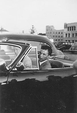 Frank Sinatra driving candids, 1940s