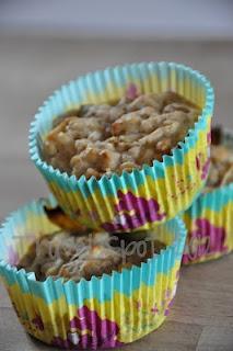 low fat apple oat muffins