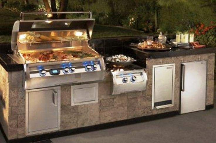 Outdoor kitchen prefab kits presented condo living for Prefabricated outdoor kitchen cabinets