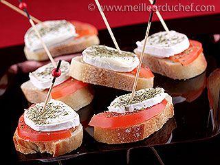 Tapas tomate chèvre : toast frais pour l'été - fresh toast for summer : tomatoes and goat chease