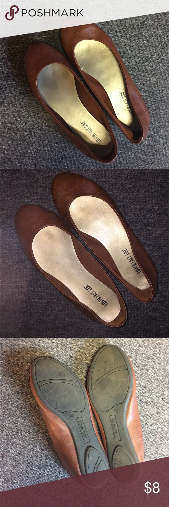 Brown Flats Dark-tan/brown ballet flats! Size 7 1/2 WIDE. In good condition Shoes Flats & Loafers