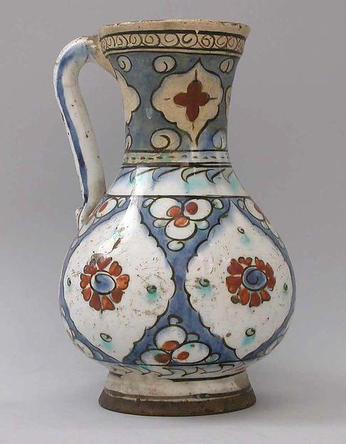 Ewer 17th century Iznik