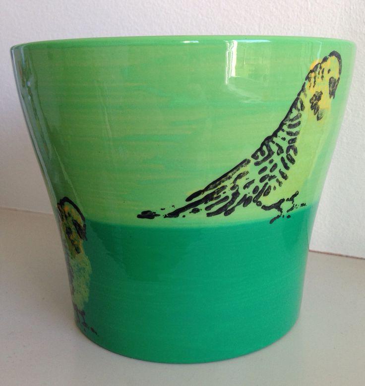 Green budgie plant pot