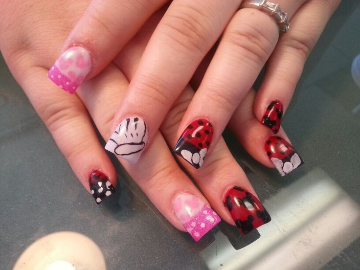 Acrylic nails Mickey Mouse Minnie Mouse