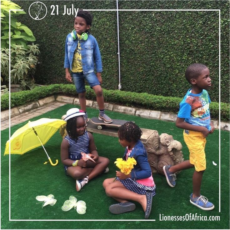 Ruff 'n' Tumble http://www.lionessesofafrica.com/image-of-the-day/2016/7/21/ruff-n-tumble