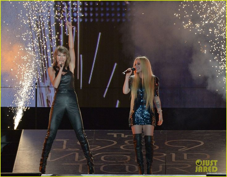 Taylor Swift Welcomes San Diego Special Guests Avril Lavigne