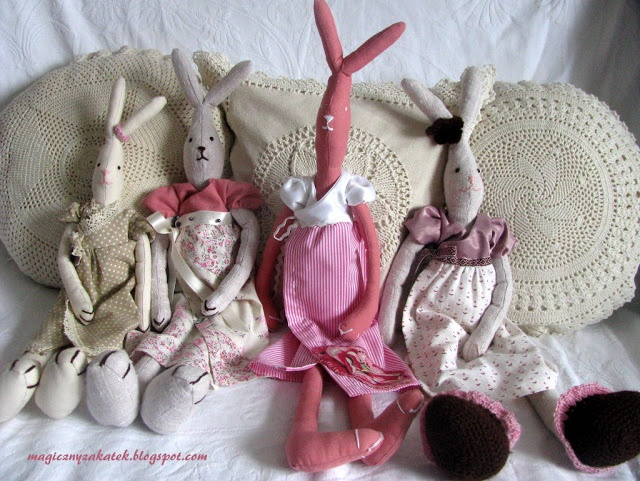 Four rabbit lady! oo!