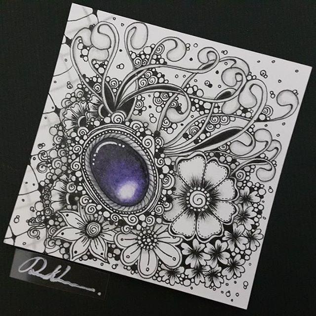 Zentangle Gems - ZIA101816. Artwork from Rebecca Kuan - #rebeccasecretbox Welcome to visit my FB Page: http://www.facebook.com/Rebecca.Zentanglebox/ #zia #zentangle #zendoodle #doodle #doodleart #draw #drawing #tangle #art #artwork #sketch #zengems #zentanglegems #gems #zentangleart #zentangleinspiration #learnzentangle #zenart #hearttangles