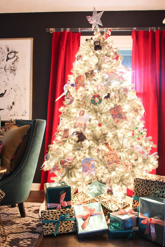A Colorful Chic Christmas Home Tour Holidays and Holiday decorating - simple christmas decorating ideas