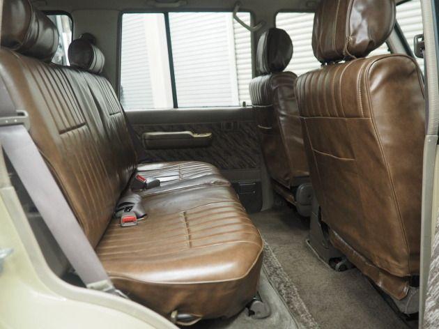 78プラド最終型サンドベージュにて全塗装 希少の内装ブラウン そして本州仕入れの錆がかなり少ない車両です ランドクルーザー ランクル 中古車販売 高価買取 カスタム マークル Do Blog ドゥブログ 内装 ランクル プラド 仕入れ